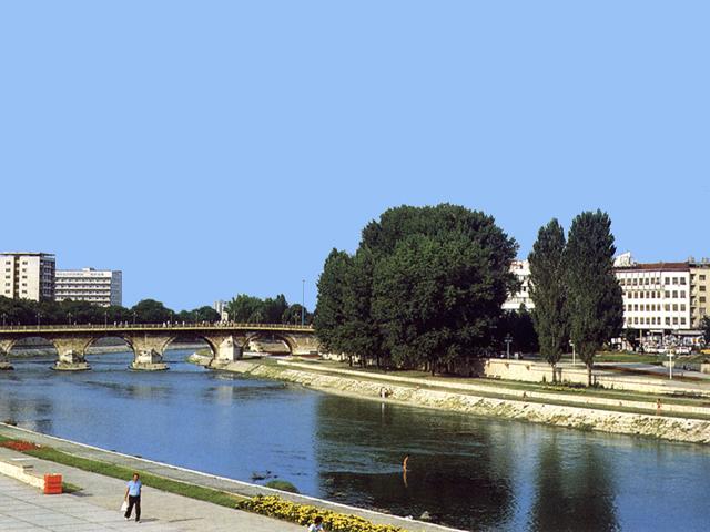 Il fiume Vardar a Skopje