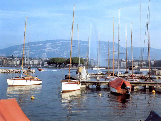 La rada di Ginevra dal Quai du Mont-Blanc