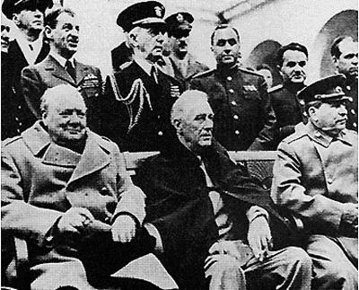 Winston Churchill, con Roosevelt e Stalin alla Conferenza di Yalta