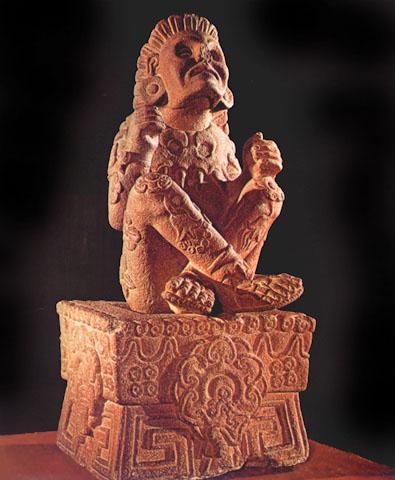 Statua azteca di Xochipilli, dio della primavera (Città del Messico, Museo)