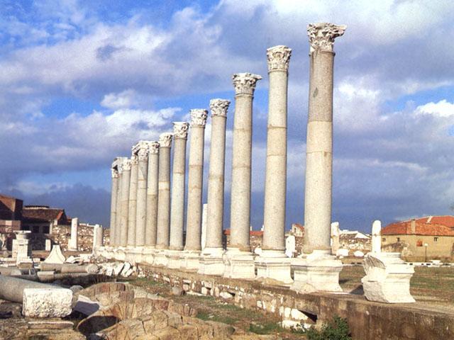 Smirne (Turchia): rovine dell'agorà romana