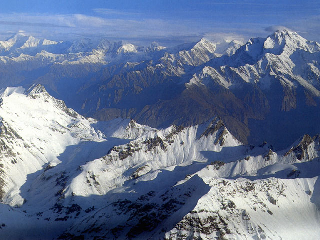 La catena himalayana nella parte più settentrionale del Baltistàn (India)