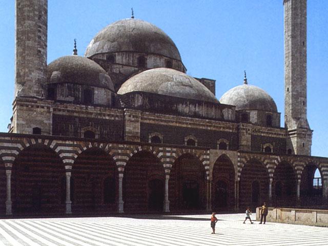 Facciata della moschea degli Omayyadi a Damasco