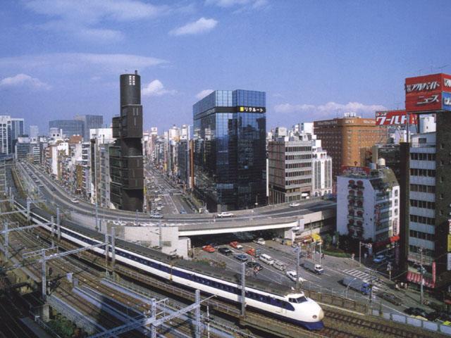 Tokyo: la ferrovia