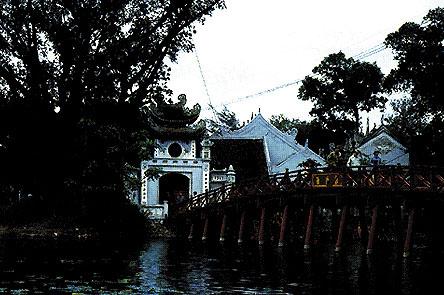 Hanoi: Ingresso al Tempio del lago della Spada Restituita